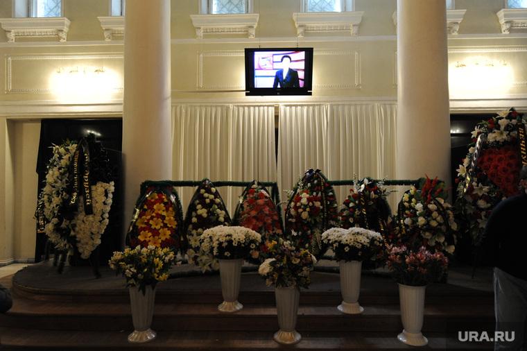 Похороны Ольги Давиденко необр