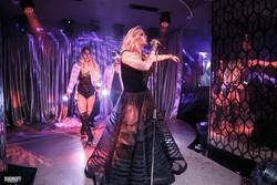 Порно фильм бары с эротическим шоу лучших русских