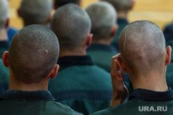 Первое сентября в кировоградской колонии для несовершеннолетних, заключенные, подростки, зеки, затылок, бритые, уголовники, дети, детская колония, зэки