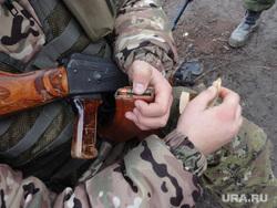 Фотографии с передовой. Украина. ДНР, солдат, автомат