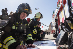 Пожарно-тактические учения в торгово-развлекательном комплексе «Семейный парк». Магнитогорск, мчс, эвакуация, проверка, трк, семейный парк, пожарный штаб