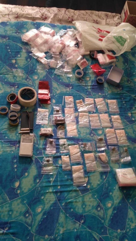 В Екатеринбурге задержали юных наркодилеров D6f6766f1d81f7d24459274a71a8f912_760x0_540.960.0.0