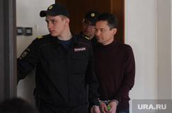 Арест экс-мэра Миасса Геннадия Васькова обвиняемого в превышении должностных полномочий. Челябинск