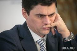 Час с министром в Общественной палате РФ. Москва, портрет, попов александр