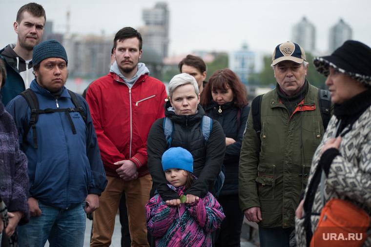 Акция памяти Аркадия Бабченко на площади Труда (необработанные). Екатеринбург
