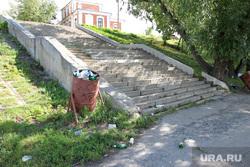 Набережная реки Тобол Курган, мусор, спуск не набережную