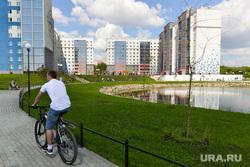 Сергей Степашин во время рабочего визита в Челябинск, новостройки, велосипедист, жк смолинский