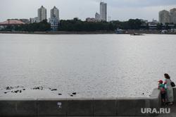 Туристические точки путеводителя для участников ИННОПРОМа. Екатеринбург, городской пруд, плотинка