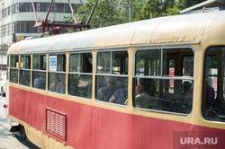Жара в Екатеринбурге, трамвай, лето, жара, общественный транспорт