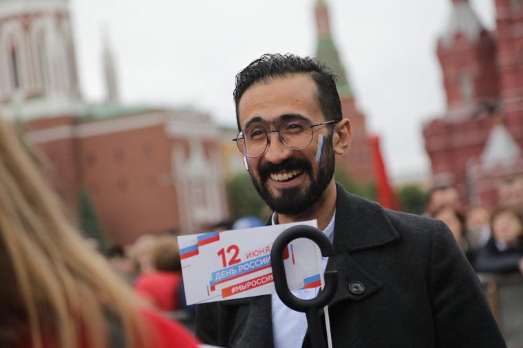На Красной площади в Москве начался марафон радости, который продлится месяц. В России праздновало 7 млн человек. ФОТО, ВИДЕО — URA.RU