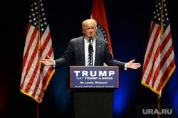 Дональд Трамп, москитная сетка, дети в окне, регистрация автомобиля, выпускной бал , американский флаг, трамп дональд