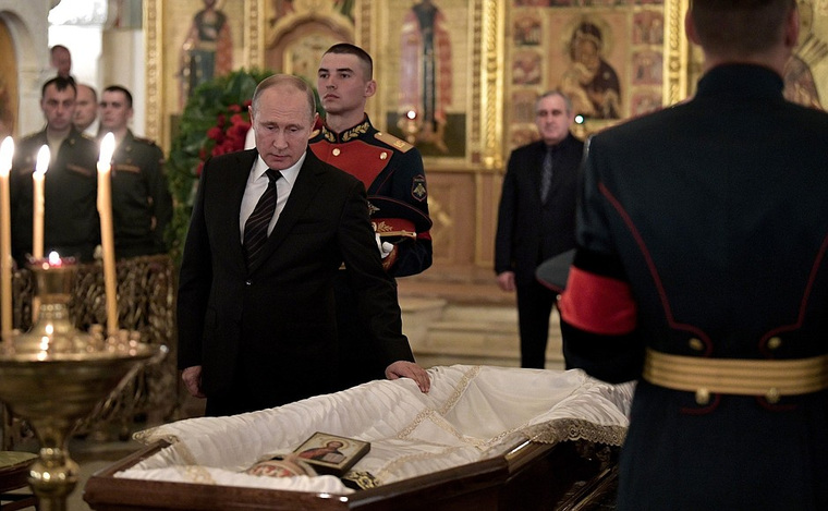 В российской столице прощаются соСтаниславом Говорухиным