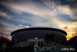 Атрибутика ЧМ-2018 в городе. Екатеринбург, центральный стадион, екатеринбург арена, вечер