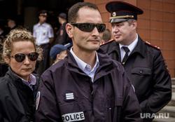 Город во время ЧМ. Екатеринбург, темные очки, police, французская полиция