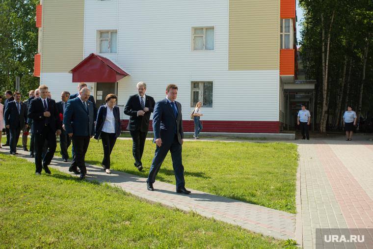 Митинг приуроченный к двадцатой годовщине трагической гибели мэра Нефтеюганска Петухова. Нефтеюганск, дегтярев сергей, холманских игорь, комарова наталья , мельниченко олег