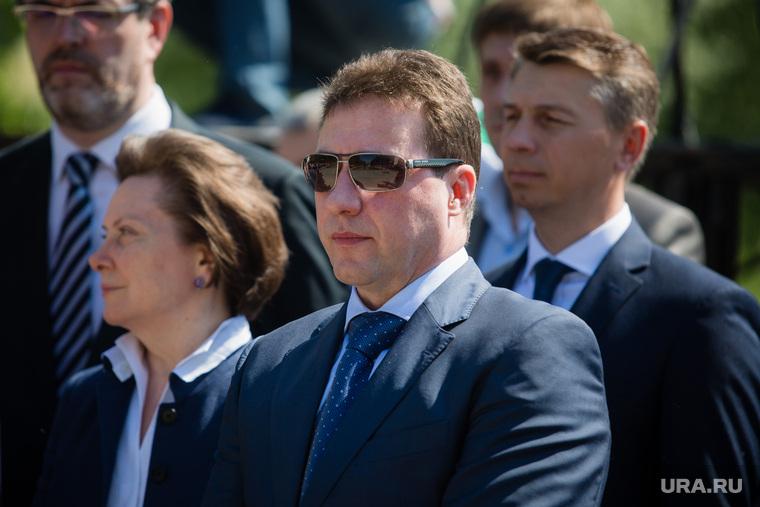Митинг приуроченный к двадцатой годовщине трагической гибели мэра Нефтеюганска Петухова. Нефтеюганск, холманских игорь, комарова наталья
