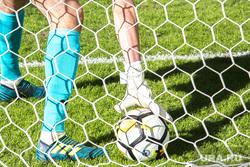 Вокруг матча «Урал» - «Спартак». Екатеринбург, ворота, мяч, футбол, гол, сетка