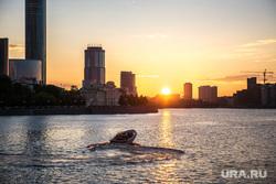 Город во время ЧМ. Екатеринбург, катер, река исеть, солнце, город екатеринбург, закат