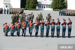 День 90-й гвардейской танковой дивизии в Чебаркуле, дефиле, почетный караул