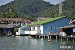 Таиланд, море берег, дома на воде