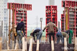 Стройка окружной больницы. Нижневартовск., строители, арматура, гастарбайтеры, рабочая сила, фундамент