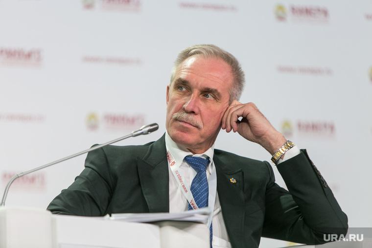 """Бюджетникам тайно объявили об отставке главы региона. «Нашего губера, по ходу, """"приняли""""»"""