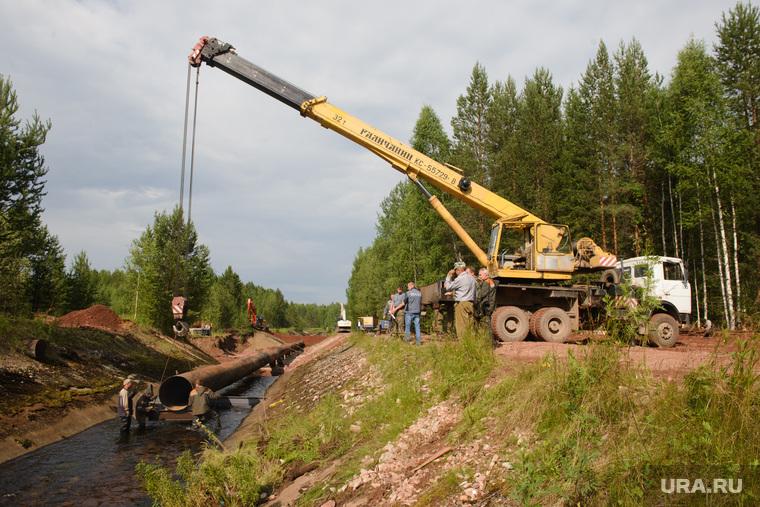 Последствия аварии на русле реки Калья. Североуральск