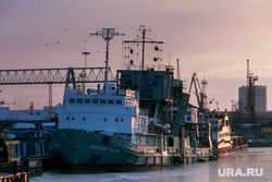 Виды Калининграда. Калининград, корабль, порт, пароход, судно, портовые краны