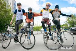 Третий Велопробег по новым барам Екатеринбурга, трюк на велосипеде, велосипед