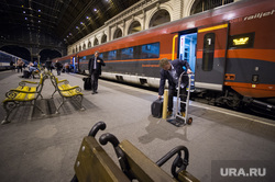 Виды Венгрии. Будапешт, Сзалка, Пакш, перрон, железнодорожный вокзал, путешествие, будапешт, вокзал келети