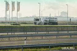 Виды Венгрии. Будапешт, Сзалка, Пакш, цистерна, промышленность, тягач, перевозка грузов, трасса