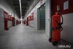 Открытие ТЦ Пекин. Екатеринбург, коридор, огнетушитель, пожарная безопасность