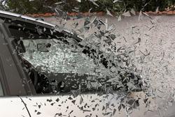 Открытая лицензия от 01.09.2016. ДТП, аварии, разбитое стекло, разбитая машина, дтп