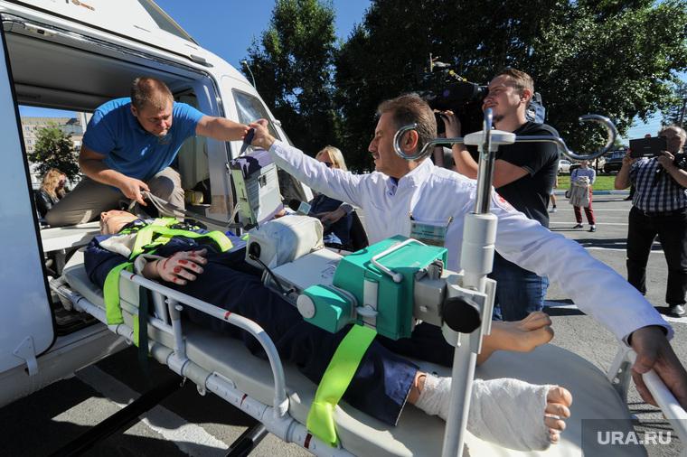 Презентация вертолета медицины катастроф. Челябинск, альтман дмитрий, манекен