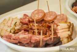 Продукты и товары. Ханты-Мансийск., продукты, колбаса, еда, мясные изделия