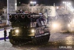Генеральная репетиция парада войск ЦВО на площади 1905 года. Екатеринбург, зрк бук