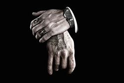 The vise for export, the thief in law, the criminal, the bandit, the tattoos on the fingers, the security, the thief in law