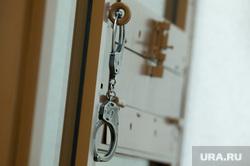 Судебное заседание по делу банды Тропиканки в Свердловском областном суде. Екатеринбург, арест, наручники, суд, судебный процесс, задержание
