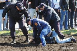 Шествие сторонников Навального. Челябинск, задержание активистов