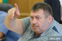 Последнее заседание Городской Думы Екатеринбурга Шестого созыва, найданов александр, указывает пальцем