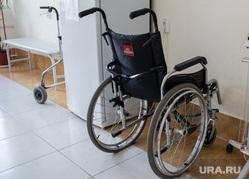 Поездка Евгения Куйвашева в Каменск-Уральский и Сухой Лог. Коммунальная авария, инвалидная коляска