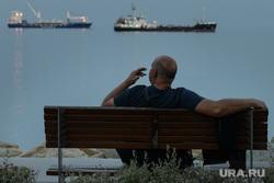 Виды Лимассола, Гирне, Куриона и Продромоса. ТРСК и Республика Кипр, скамейка, корабли, порт, курение в общественных местах, отдых, средиземное море