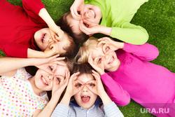 Клипарт коллекторы, долги, дети, кредиты,насилие, семья, отдых, веселье, активный отдых, дети
