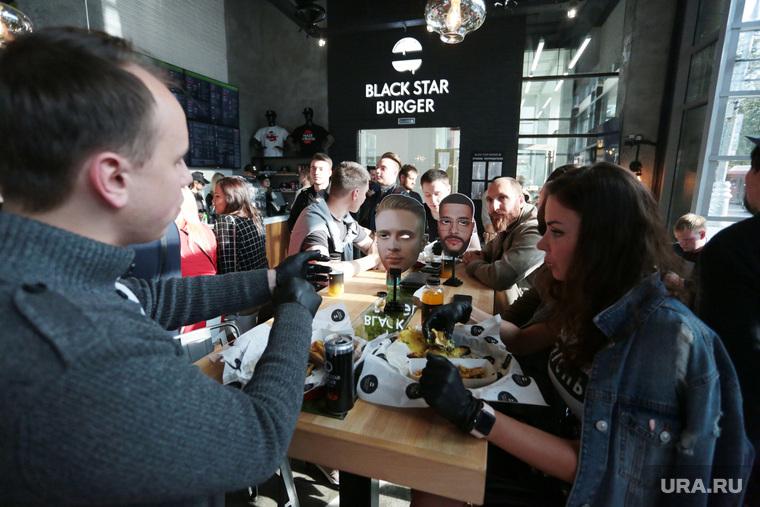 Открытие бургерной Black star burger в Перми