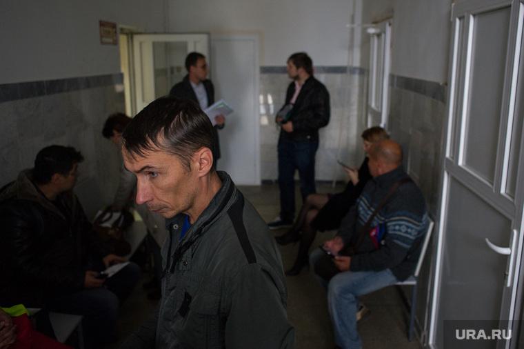 Судебное заседание по задержанным на несанкционированной акции против изменения пенсионной системы. Екатеринбург, фокин максим