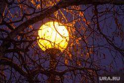 Вечерний город. Ханты-Мансийск, уличное освещение