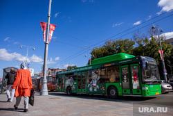 Ограждения вокруг Центрального стадиона. Екатеринбург, автобус, общественный транспорт, чм2018, чм по футболу