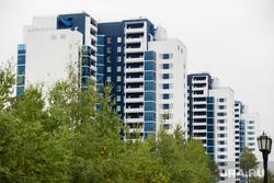 Виды города. Когалым, многоэтажный дом, новостройки, недвижимость, многоэтажки, жилые дома