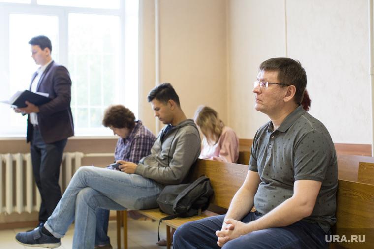 Продление домашнего ареста Чебыкину Сергею. г. Курган, чебыкин сергей, зал суда