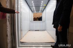 Пресс-тур на стройку перинатального центра. Сургут, лифт, грузовой лифт